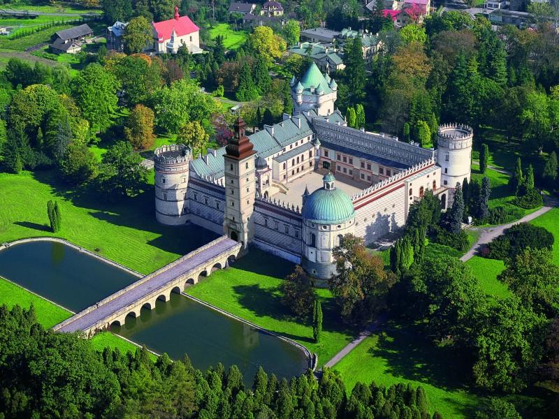 zamek-2008-duzy