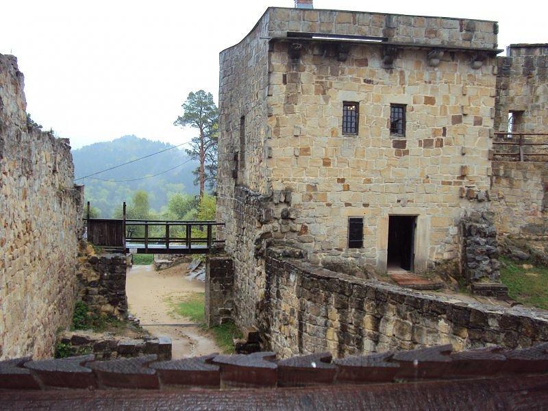zamek-kamieniec-w-odrzykoniu